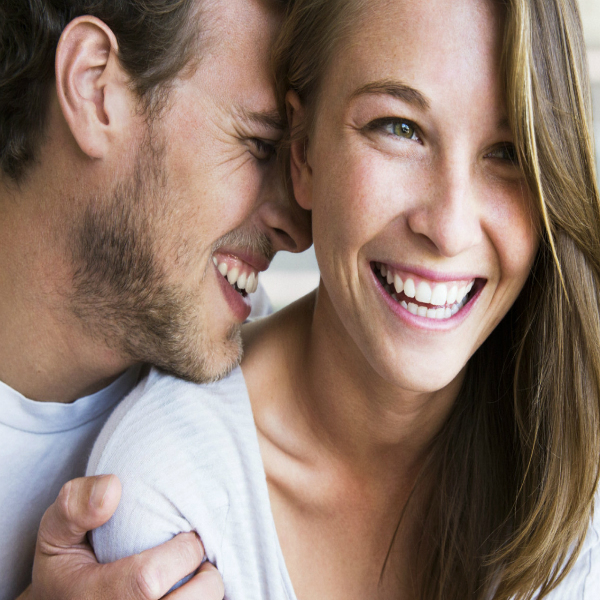 Как проявлчет симпатию влюбленный мужчина дева